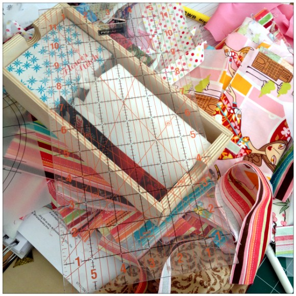 A Passion For Patchwork - Workstation - Mess
