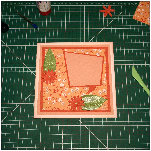 Making A Floral Easel Card With The Cricut Mini - Flowers