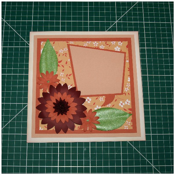 Making A Floral Easel Card With The Cricut Mini - Main Flower