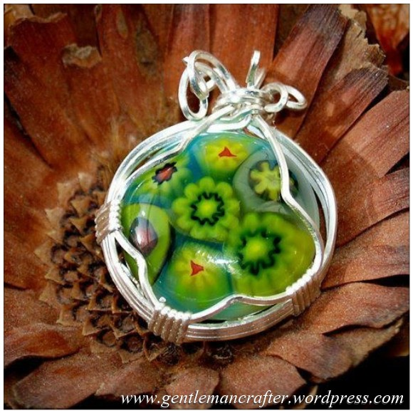 Wire Wrapping - Glass Cabachon Wrapped In Wire