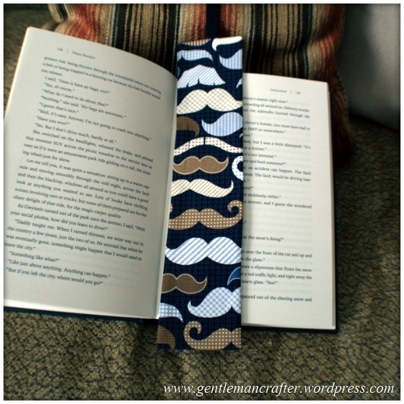 Fabric Friday - Easy To Make Bookmarks - 8