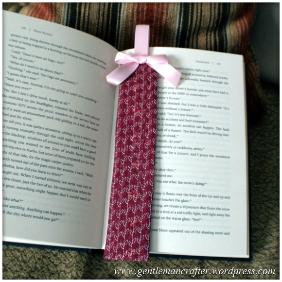 Fabric Friday - Easy To Make Bookmarks - 9