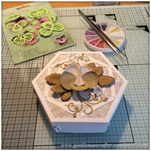 Monday Mash Up - Floral Gift Box - 11