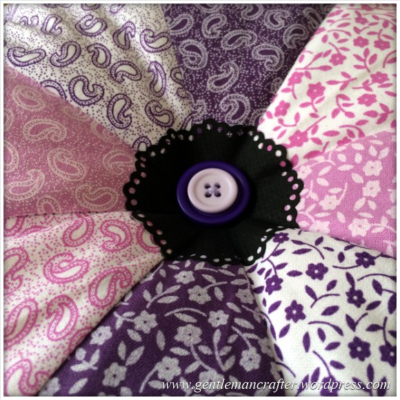 Fabric Friday - Fat Quarter Fun - Part 3 - Pie Wedge Cushion 2