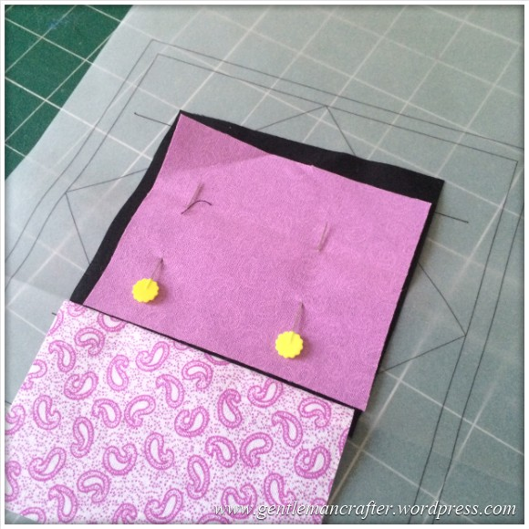 Fabric Friday - Foundation Paper Piecing Playtime - 5 Second Piece