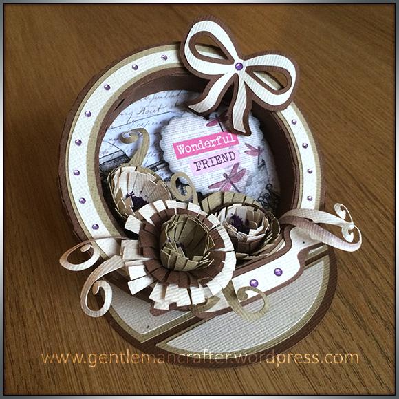Circular Easel Box Frame Card - 1