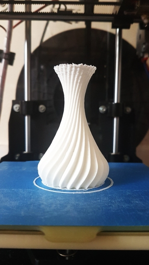Designing A Spiralized Vase In Hexagon 2 For 3D Printing (2)