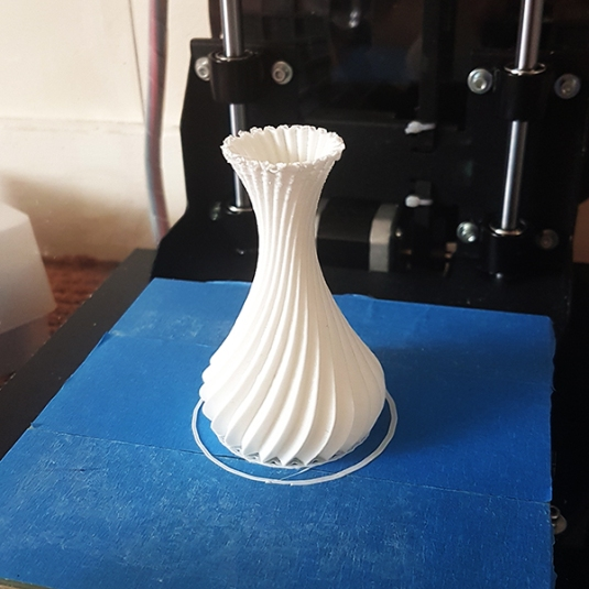Designing A Spiralized Vase In Hexagon 2 For 3D Printing (3)