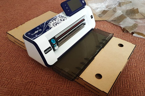DIY Brother Scan N Cut Workstation (9)