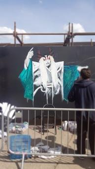 Gorgeous Grub And Gargantuan Graffiti (18)