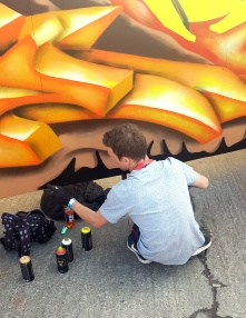 Gorgeous Grub And Gargantuan Graffiti (6)