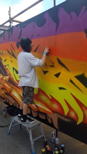 Gorgeous Grub And Gargantuan Graffiti (9)